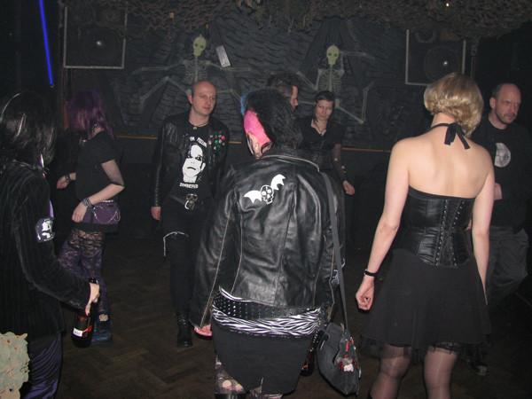 Gothic freunde kennenlernen